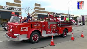 Lights And Siren Parade: 16th Annual Ferndale Emergency Vehicle Show ...