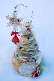Christmas Tree Books Diy by Another Great Use For Recycled Book Pages Stacked Paper Christmas