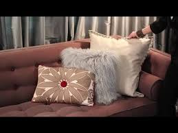 Rooms With Brown Couches by How To Decorate A Brown Sofa With Pillows Easy Designing