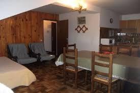 appartements dans chalet situé à valberg en station de ski à 1670m