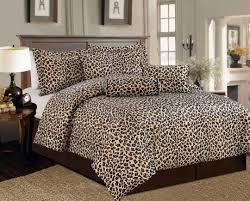 Leopard Print Room Decor by Cheetah Print Bedroom Decorations Maletas Pinterest Cheetah