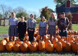 Sycamore Pumpkin Fest Run by Six Students Chosen For Pumpkin Parade Honor Daily Chronicle