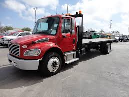 100 Freightliner Used Trucks 2011 BUSINESS CLASS M2 106 AIR BRAKES AIR