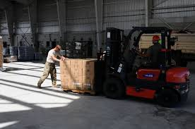 100 National Lift Truck Service DVIDS Images Puerto Rico Guard Distribute Water