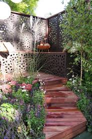 Decorative Garden Fence Panels by Garden Ideas 78 Images About Fences And Fence Panels On