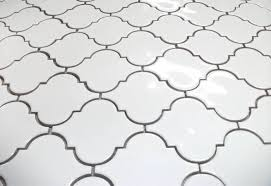 Large Gloss Finish Arabesque Whisper White Mesh Mosaic Tile