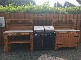 outdoor küche aus europaletten