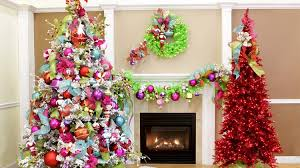 14 Magical Christmas Tree Colors And Ideas To Pull Off This Season