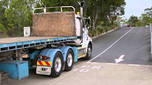 Safely Securing Loads On Trucks - YouTube