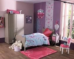 tapisserie chambre fille la tapisserie pour maruer l emplacement du lit chambre fille