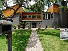 104 Contemporary Cedar Siding Modern Design T G Stained With James Hardie Trim Deskins Group Llc Roofing And Windows In Cypress Tx Houston Tx