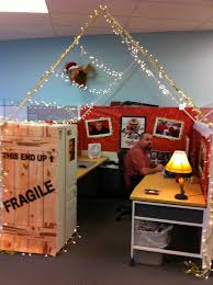 Cubicle Holiday Decorating Themes by Cube Decorations 63 Best Cubicle Decor Images On Pinterest Office