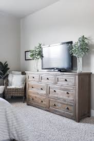 Create A Beautiful Modern Farmhouse Master Bedroom By Combining Items From Few Different Styles To