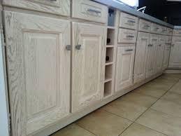 cuisine blanc cérusé meuble blanc de cuisine comment repeindre une cuisine ides en