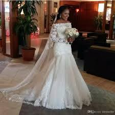 Discount African 2017 Vintage Mermaid Wedding Dresses Long Sleeveless Off Shoulder Modest Lace Appliques Beads Bridal Gowns Court Train Free Veil