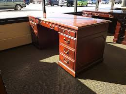 Sauder Camden County Computer Desk by Used Home U0026 Office Executive Computer Desk Office Pro U0027s Discount