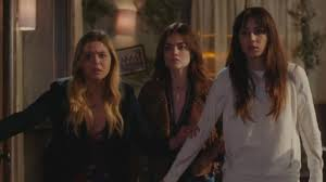 Pll Halloween Special Season 2 by Pretty Little Liars U0027 Series Finale Will Be A 2 Hour Creator