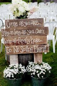 Rustic Outdoor Wedding Ceremony Decorations