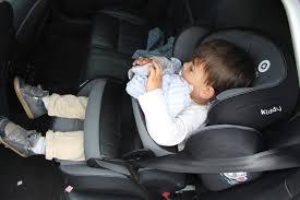 reglementation siege auto normes r44 04 et r129 la législation des sièges auto évolue