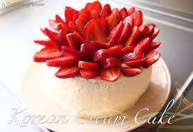 Korean Fresh Cream Cake 생¬ë¦¼ 케이¬ Asian Bakery Birthday Cake