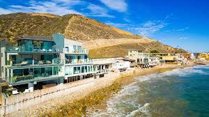 100 Malibu Beach House Sale Luxury Vacation Rental In USA Fivestarie