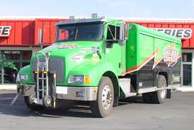 File:Harper Trucks Interstate Batteries T300.jpg - Wikimedia Commons