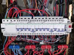 forum électricité rénovation d un tableau de répartition triphasé