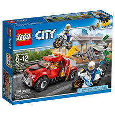 Amazon.com: LEGO City Police Tow Truck Trouble 60137 Building Toy ...