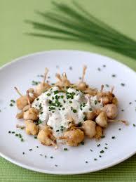 cuisiner des cuisses de grenouilles cuisses de grenouilles à la crème et à la ciboulette recipe food