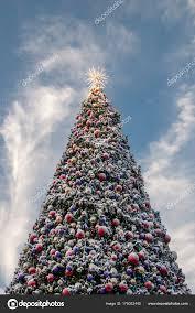 Los Angeles California November 2017 Christmas Tree Universal Citywalk Stock Photo