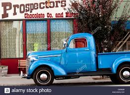 Pickup Truck Stock Photos & Pickup Truck Stock Images - Alamy Man Drives Pickup Into Blue Beacon Lounge Flees Scene The Daily World Free Images Forest City Otagged North Carolina United States 1971 Chevrolet C10 Custom Pickup Truck White Limited Edition 1 Four Door Blue Truck With Diamond Plate Toolbox On White Ez New Emerald Metallic Color For 2019 Canyon First Look Gm 2018 Ford F150 Americas Best Fullsize Fordcom Its A Southern Thing Old My Daddy Had Like This The Ram 1500 Sport Hydro Unveils In Trucks Vans 2017 Rebel Streak Top Speed File1978 Jeep J10 131inch Wb 6200 Lbs Gvw 258 Cid S10 For Sale Nationwide Autotrader