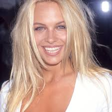 100 Pam Anderson House Ela Now The Former Playboy Playmate Toned Down Her Look