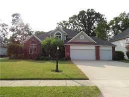 100 Sleepy Hollow House 228 Drive Amherst OH 44001