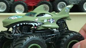 Shark Monster Truck Hot Wheels - The Best Shark 2017 Monster Jam Trucks New For 2017 Truck Pulls Off First Ever Successful Frontflip Trick Upc 8961018752 Hot Wheels Shark Diecast Vehicle Year 2012 124 Scale Die Cast Truck Metal Body Ccv08 2011 Series Wiki Fandom Powered By Wikia Top 20 Items Daxushequcom 100 El Toro Loco Diecast Toy Inspirational Big Wheel Toys 7th And Pattison Amazoncom Monster Jam Sound Smashers El Toro Loco Vdeo Dailymotion