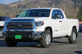 New 2018 Toyota Tundra SR5 Double Cab In Roseburg #T18068 | Clint ... Toyota Tundra Trucks With Leer Caps Truck Cap 2014 First Drive Review Car And Driver New 2018 Trd Off Road Crew Max In Grande Prairie Limited Crewmax 55 Bed 57l Engine Transmission 2017 1794 Edition Orlando 7820170 Amazoncom Nfab T0777qc Gloss Black Nerf Step Cab Length Cargo Space Storage Wshgnet Unparalled Luxury A Tough By Devolro All Models Offroad Armored Overview Cargurus Double Trims Specs Price Carbuzz