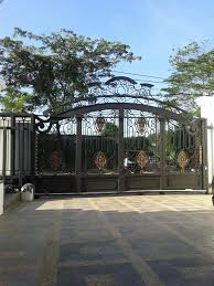 Curved Entrance Gate For Luxury Home Exterior Designs | Antiquesl.com Fence Modern Gate Design For Homes Beautiful Metal Fence Designs Astounding Front Ideas Beach House Facebook The 25 Best Design Ideas On Pinterest Gate Stunning Gray Gold For Modern Home Decor Gates And Fences Tags Entry Front Pictures Of Gates Exotic Home Amazing Improvement 2017 Attractive Exterior Neo Classic Dma Customized Indian Main Buy Interior Small On