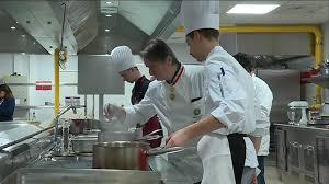 apprenti cuisine toulon bataille en cuisine pour savoir qui sera le meilleur