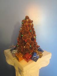 Pine Cone Christmas Tree Ornaments Crafts by Easy And Creative Pine Cone Crafts You Can Diy