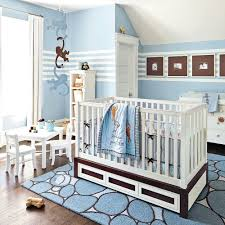 bleu chambre folies en bleu pour la chambre de bébé chambre inspirations