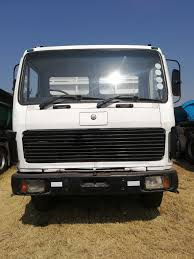 100 Manual Transmission Truck ACTROS 1998 IN VERY CONDITION Junk Mail