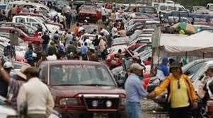 patio de autos quito en el patio de guaman祗 se ofrecen 2 400 automotores cada s磧bado