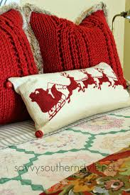 Savvy Southern Style: Traditional Red And Green Guestroom Bedroom Flannel Sheets Owl Bed Set Snowman Sheet Pottery Barn Ca New Kids Heart Twin Red White Duvet Covers Ikea Capvating Beyond Comforter Sets Target Crib Moose Lodge Plaid Bedding Collection 24 169 Peanuts Holiday Queen 4 Pc Snoopy Cuddl Duds 350thread Count Level 2 Down Full Size Best Collections From Coyuchi For Sale Pink Penguin Whats It