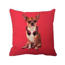 coussin avec photo personnalise mignon chien chihuahua avec écouteur imprimé housse de