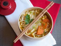 cuisiner le potimarron en l馮ume nouilles udon au potimarron carotte topinambour et maïs vegan