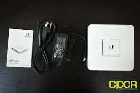 Review: Ubiquiti UniFi Security Gateway (USG) | Custom PC Review Ubiquiti Unifi Voip Phone Executive Quick Unboxing Review Security Gateway Usg Custom Pc Best Enterprise Voip Phones To Buy In 2016 Business News Holding Youtube Unifi Uvppro 10pack Ip Uvcg3 5 Pack Usgpro4 Uvpexecutive Video With Voip Synchroweb Technology App