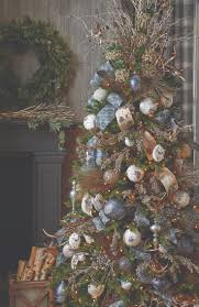 Downswept Alpine Christmas Tree by 667 Best Christmas Trees And Toppers Images On Pinterest Xmas
