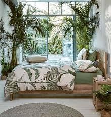 tropische blätter und jungle feeling in der wohnung