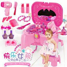 Amazoncom Barbie Limo Fashionista Giftset With 4 Dolls Toys Games