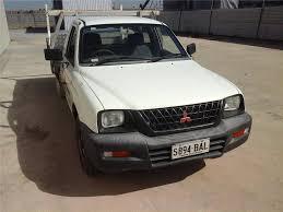 Mitsubishi Triton Tray Top Ute --Year 2002 ( Aug) -209,771 ...