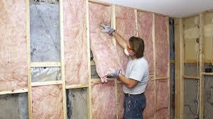 humidité mur intérieur chambre isoler les murs du sous sol rénovation bricolage
